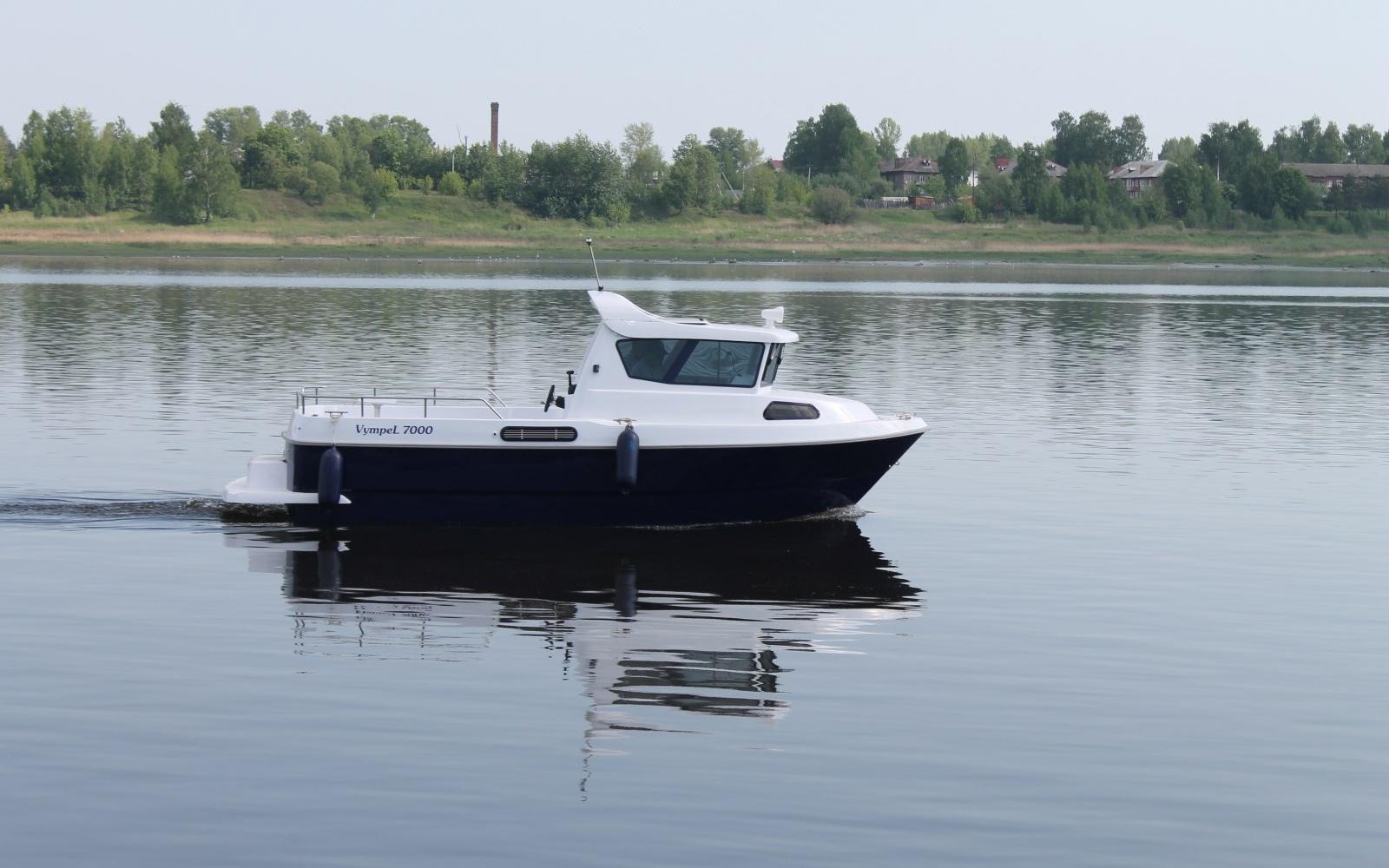 """Новый катер """"Vympel 7000"""" успешно прошел заводские ходовые испытания"""